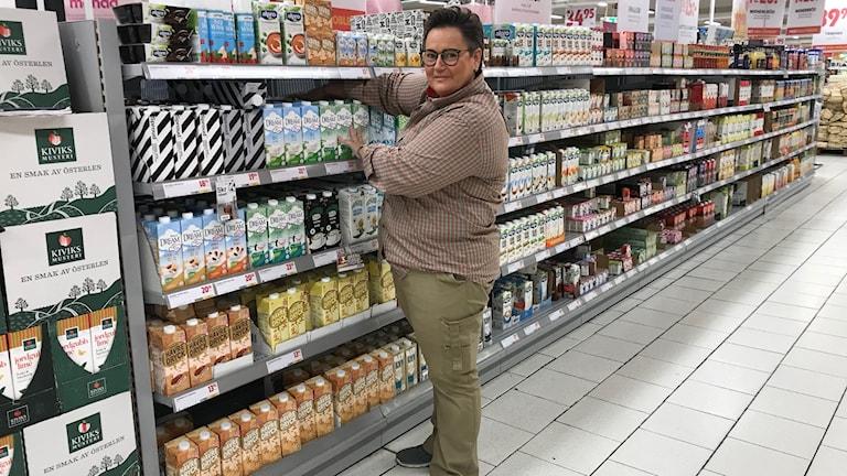 Ester Johansson Rovina är butikschef på Maxi i Olofström