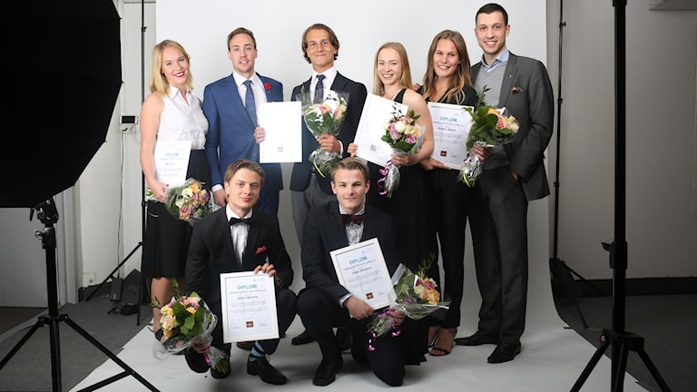 Åtta personer som vunnit priser i SM i Ungt företagande.