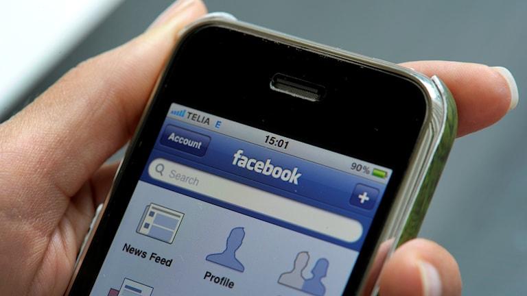 Facebook, mobil, sociala medier
