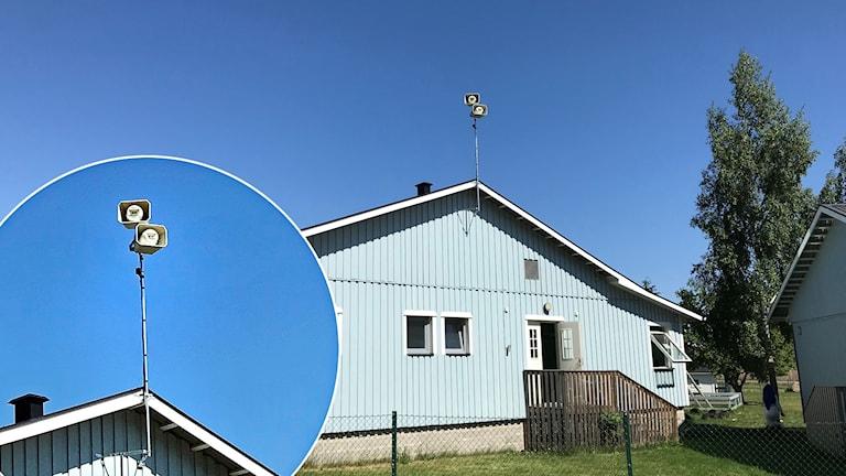 Växjö moské med högtalaren på taket.