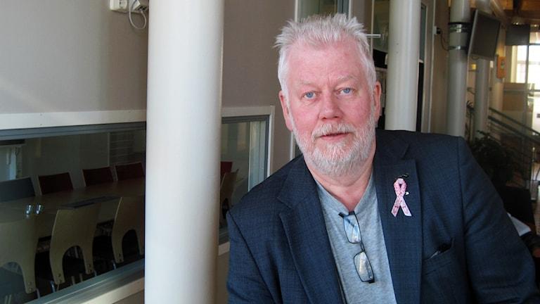 På bilden syns Länstrafikens trafikdirektör Thomas Nilsson. Foto: Roger Bergvik/Sveriges Radio