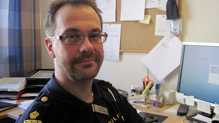 Jonas Eek, chef för ordningsenheten vid Kronobergspolisen. Foto: Roger Bergvik/Sveriges Radio.