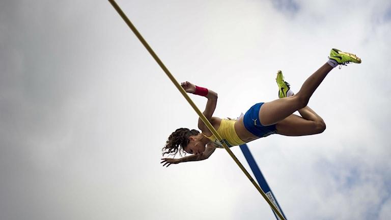 Angelica Bengtsson hoppar stavhopp. Foto: Björn Larsson Rosvall/Scanpix