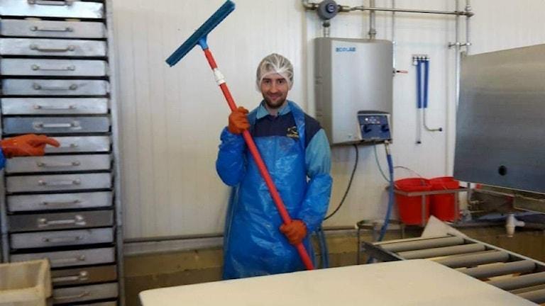 Richard Huntley i fiskfabrik