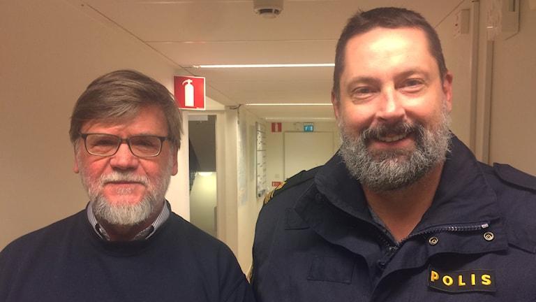 Ola Eknor, sekreterare på BRÅ och Christer Larsson, områdeschef för polisen i Markaryd.