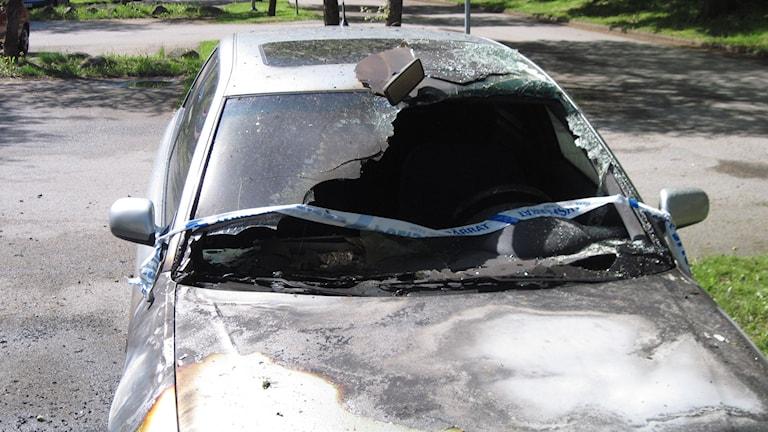 Bilbrand brunnen bil