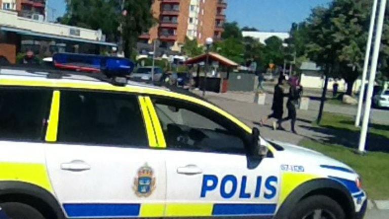 Polis på plats i Araby i Växjö igår.