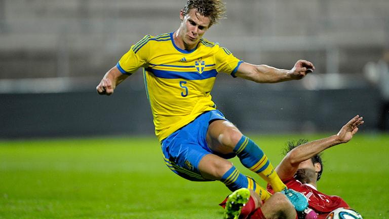 Emil Krafth under en U 21-match. Foto: TT