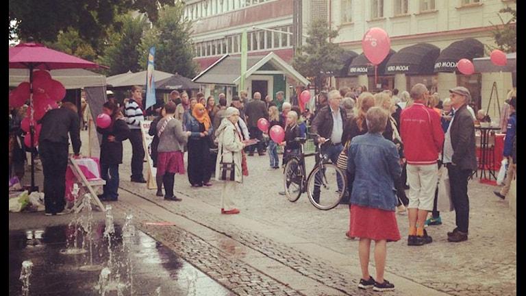 Storgatan i Växjö på valdagen i september. Foto: Emma Kvennberg/Sveriges Radio