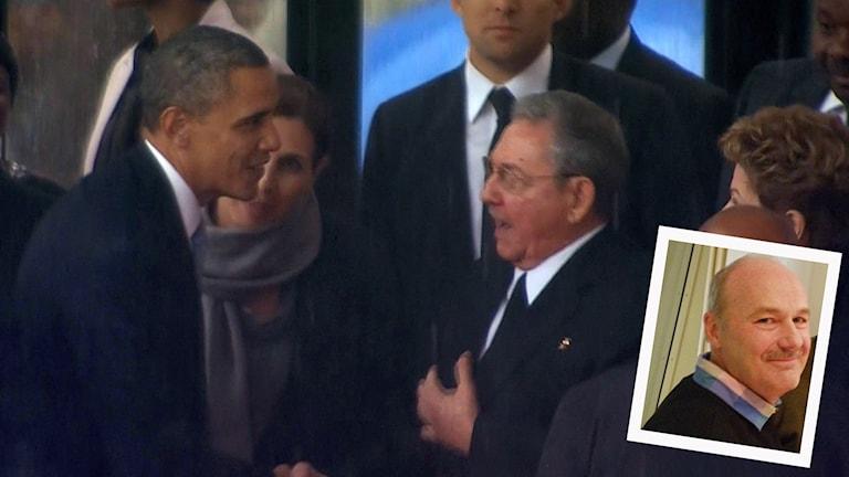 USA:s president Barack Obama och Kubas president Raol Castro skakar hand vid ett tidigare tillfälle. Inklippt: Cenneth Carlsson, Växjö.