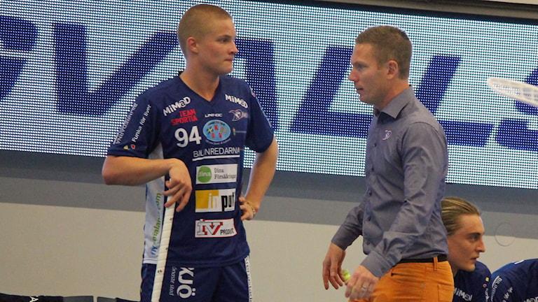 Ludwig Persson och Niklas Nordén i Växjö Vipers. Foto: Anna Tigerström/Sveriges Radio