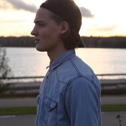 Tobias D feat Lulu tävlar i Kronobergstoppen med låten Time