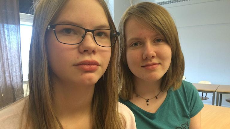 Elin Johansson och Selma Karlsson. Foto: Lars-Peter Hielle/ Sveriges Radio