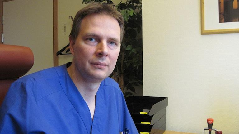 Christian Blomkvist, biträdande smittskyddsläkare i Region Kronoberg