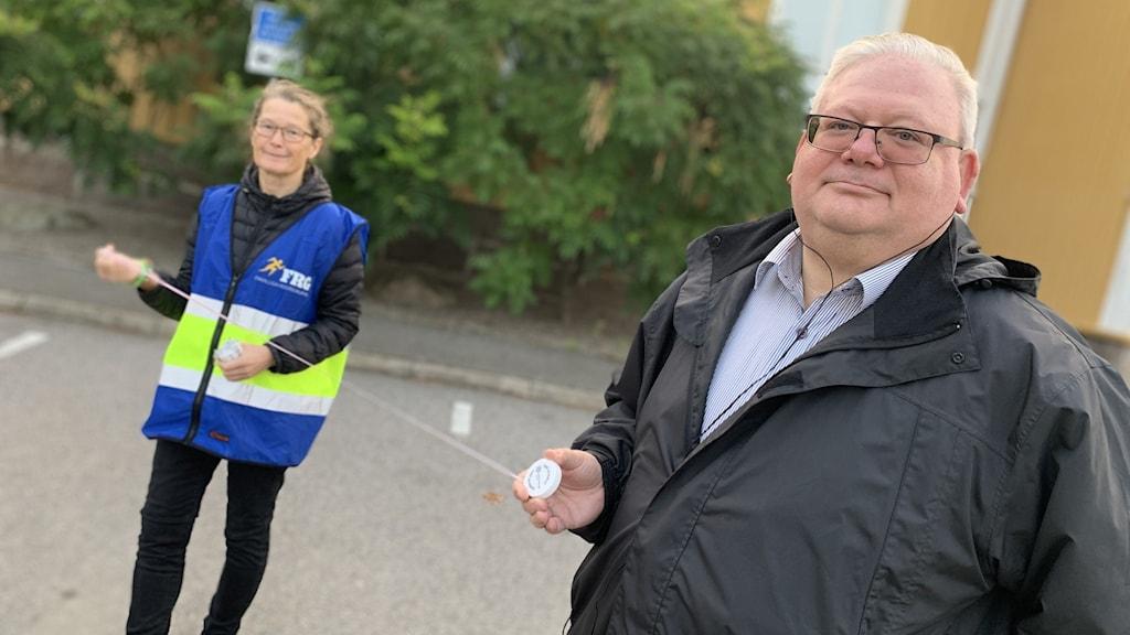 Patrik Itzel beredskaps- och säkerhetssamordnare på Lessebo kommun + Lena Magnusson från FRG Lessebo - Frivilliga Resursgruppen)