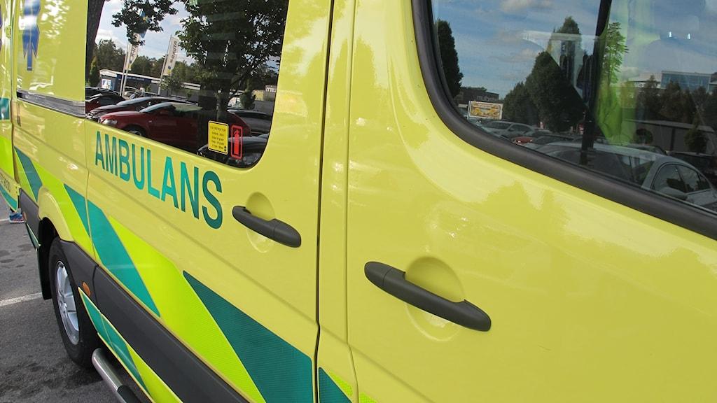 En parkerad ambulans