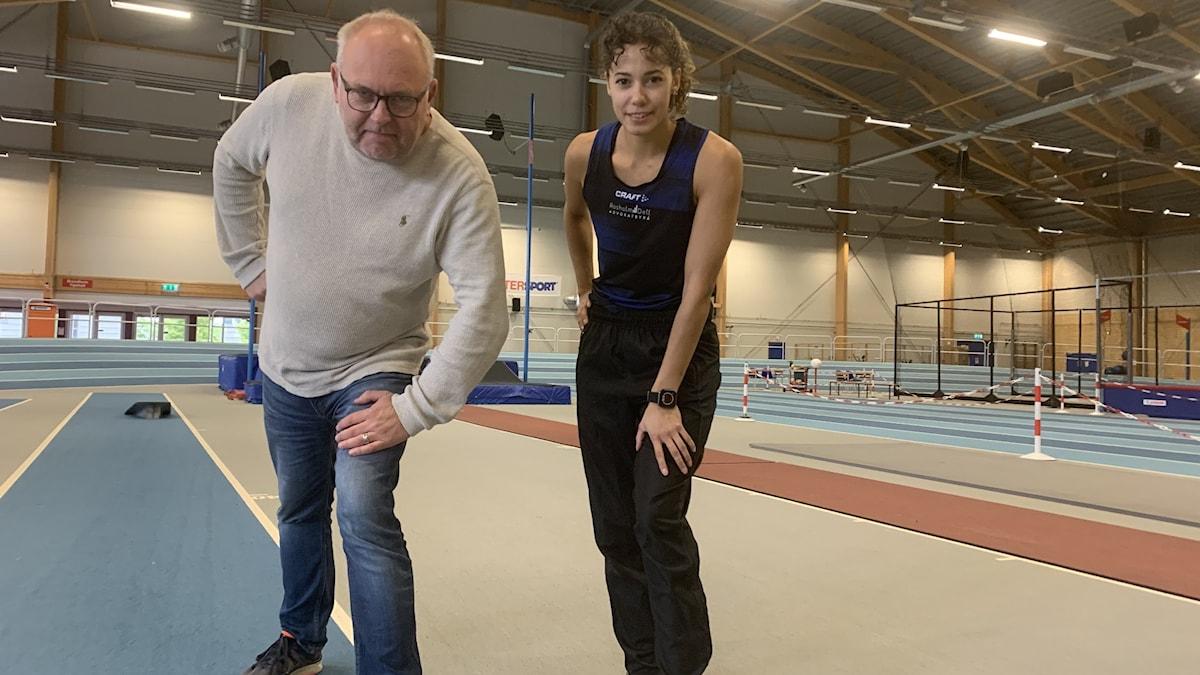 Reporter Lasse Persson och Angelica Bengtsson.