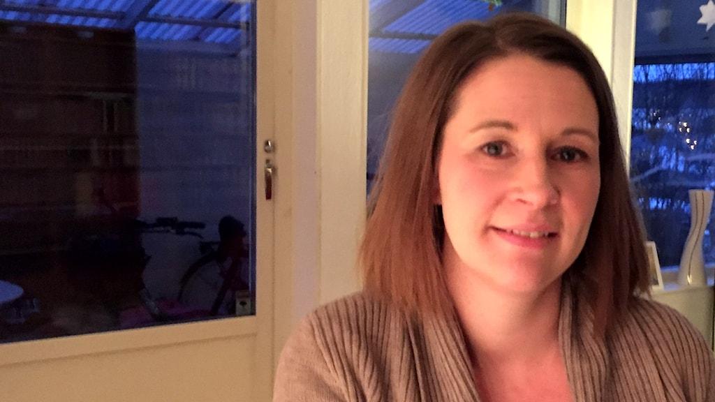 Pernilla Tornéus (M), ordförande i utbildningsnämnden i Växjö. Halvporträtt.