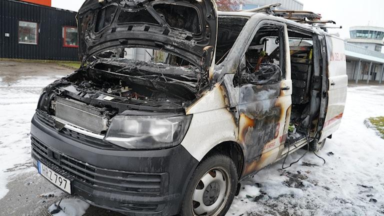 Bil brann vid Småland airport
