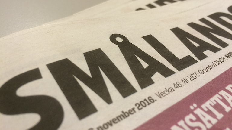 Närbild på tidningen Smålandsposten.