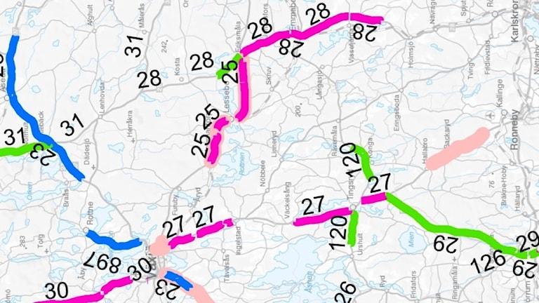 Med rosa markering i bilden så markeras nya vägar som ska få sänkt hastighet