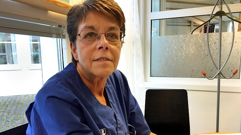 Mona Fagerström undersköterska på Sörgården