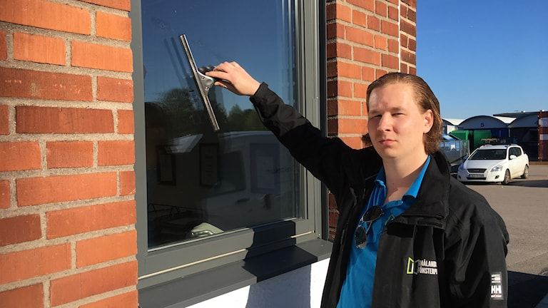 Christoffer Stinnerbom, fönsterputsare