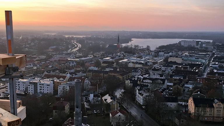 Utsikten över Växjö från höghuset på Solberget