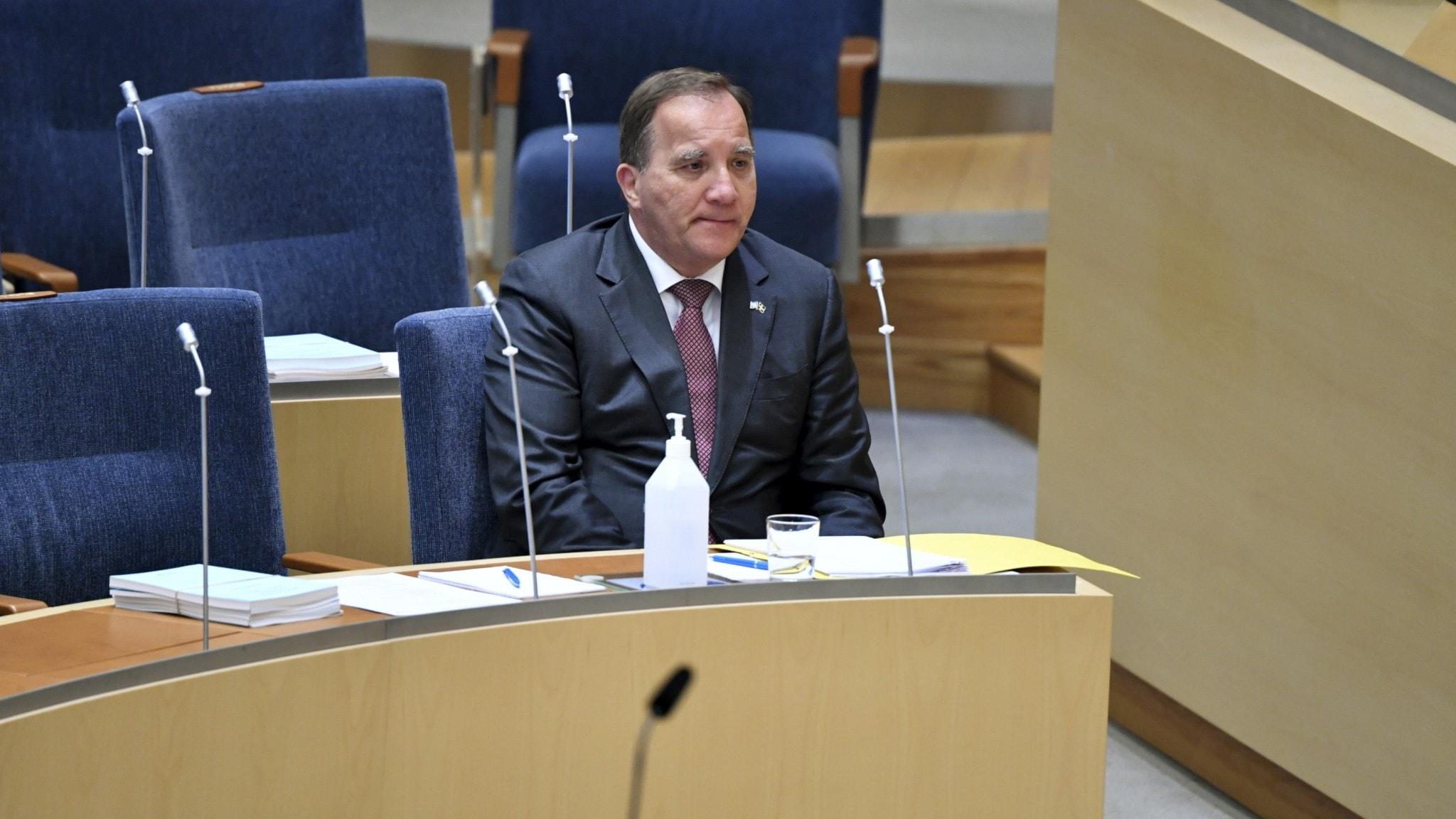 Även Moderaterna röstar för att avsätta Löfven – finns majoritet i riksdagen
