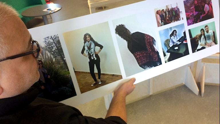 """Henrik Teleman, Lammhults bibliotek, visar bilder från utställningen """"I telefonen finns hela människan"""""""