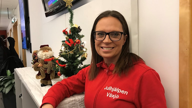 Petra Friberg som samlar in till Julhjälpen