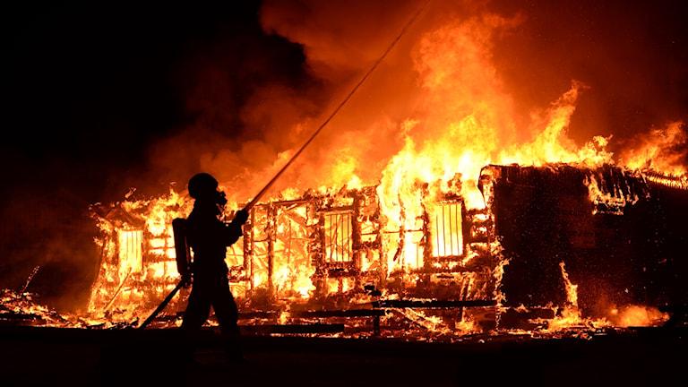 brand i klubbstuga