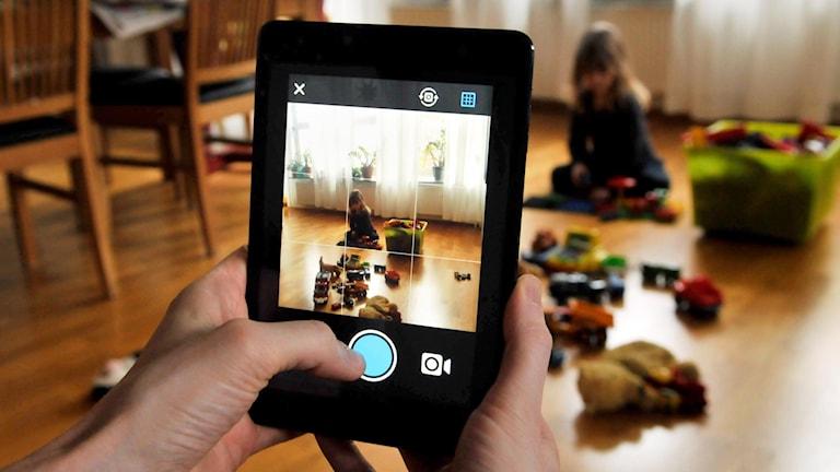Publicera bilder på sina barn online kan snart bli olagligt