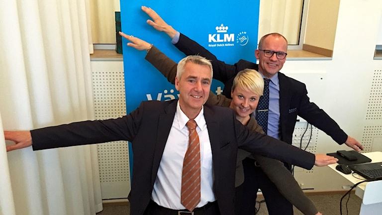 Ulf Axelsson, vd Småland airport, Anna Tenje (M) och Clas-Göran Carlsson (S).