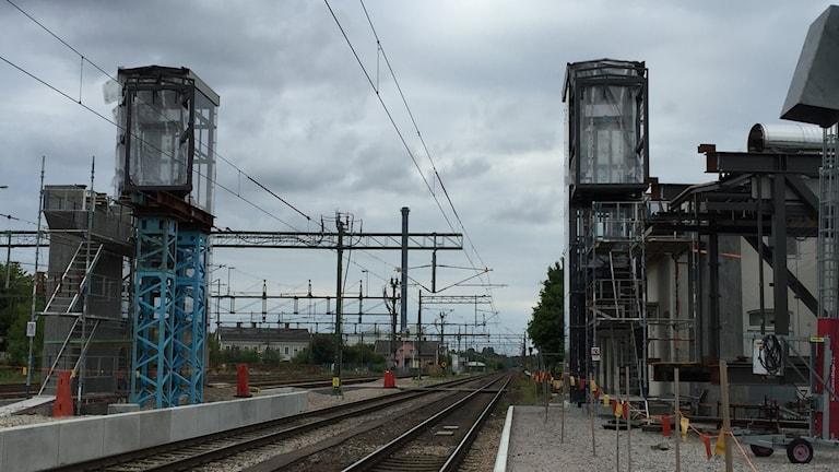 Älmhult, brolyftet, tågstation