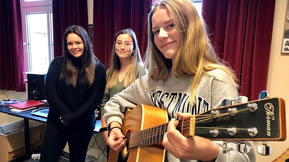 Emma Ohlsson, Melissa Dosseva, Ellen Karlsson.
