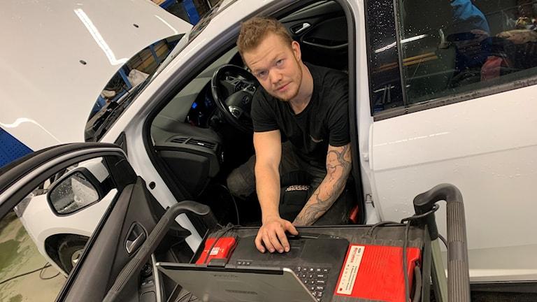 Albin Olofsson tävlar i Motorbranschens SM Foto: Filippa Armstrong/SR Västerbotten
