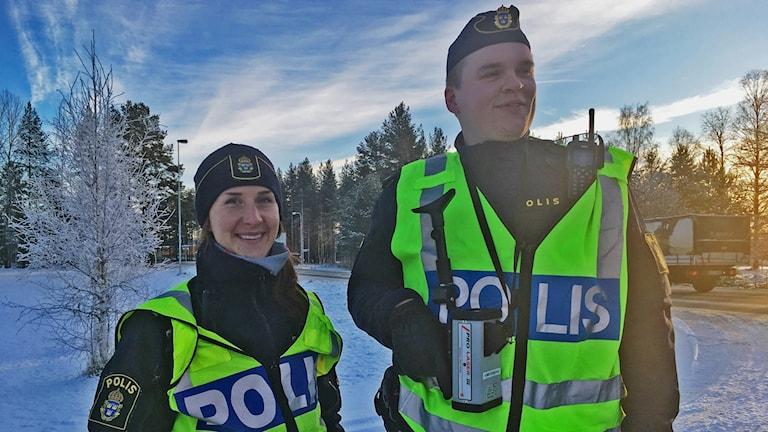 Mia Nilsson och Victor Öberg är Vindelns kommuns nya lokalpoliser.