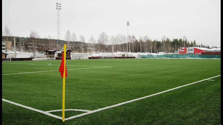 Norrvallas konstgräsplan i Skellefteå. Foto: Magnus Bergner/SR.