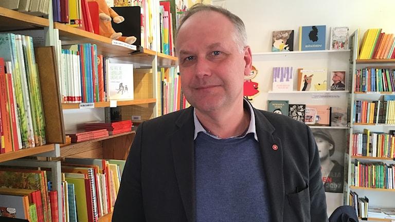 Jonas Sjöstedt (V) på Bokcafé Pilgatan i Umeå. Mars 2018