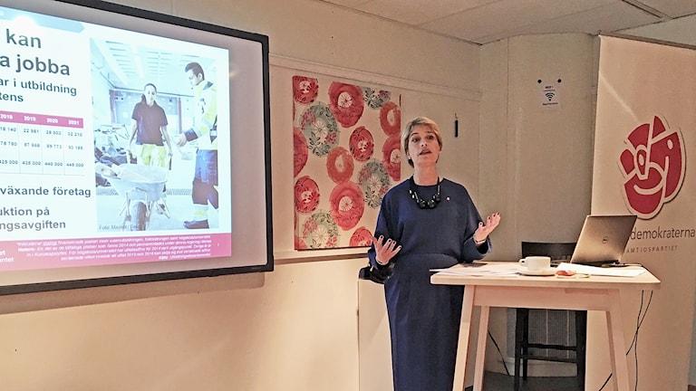 Socialminister Annika Strandhäll (S) presenterar regeringens höstbudget i Umeå