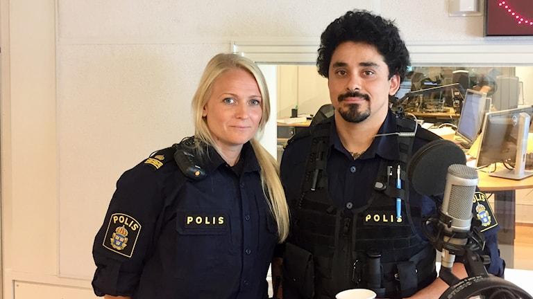 Jenny Viksten och Manuel Andersson är områdespoliser i Umeå