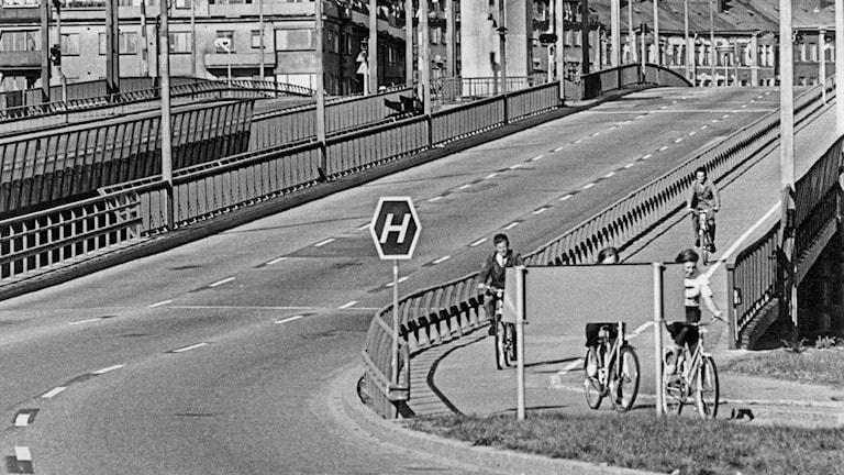 Runt 6 000 klassiska H-skyltar sattes upp i Västerbotten inför högeromläggningen den 3 september 1967.