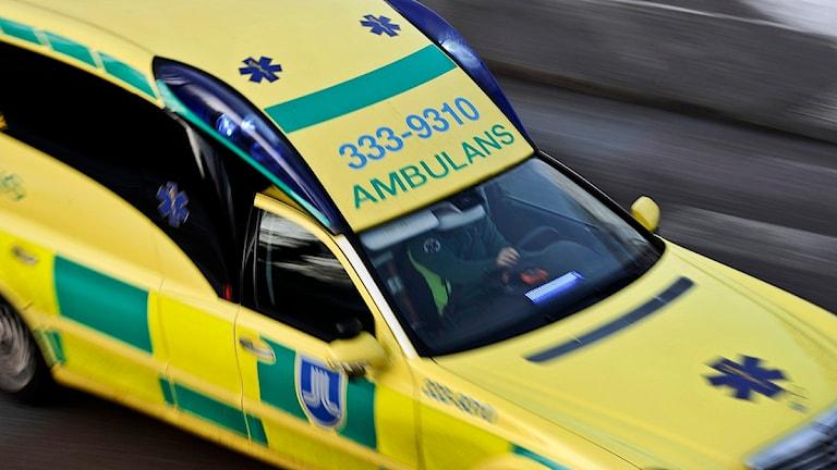 En person fick föras till sjukhus