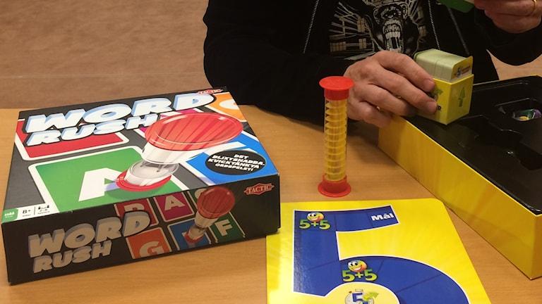 Word Rush och På Fem Sekunder Junior är två av spelen som Jonas Rosenqvist tipsar om.