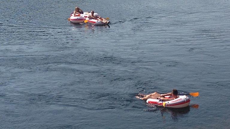 Räddningstjänsten larmas ofta om tomma gummibåtar på älven.