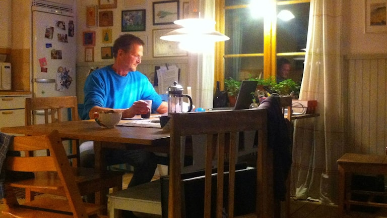 Gunnar Alskog odlar ekologiska grönsaker i Ängersjö. Foto: Joakim Silverdal/SR.