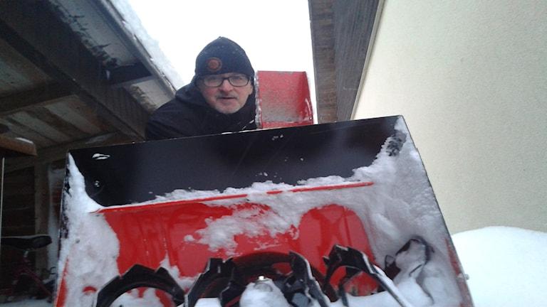 Per Hedberg med sin tvåhjuling. Foto: Linnea Hedelilja