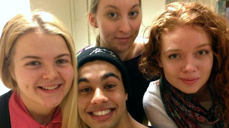 William Spetz, Daniela Holmberg, Emma Lundberg  och Leva Gernyte  gästade P4 Västerbotten under fredagen. Foto: Erica Dahlberg
