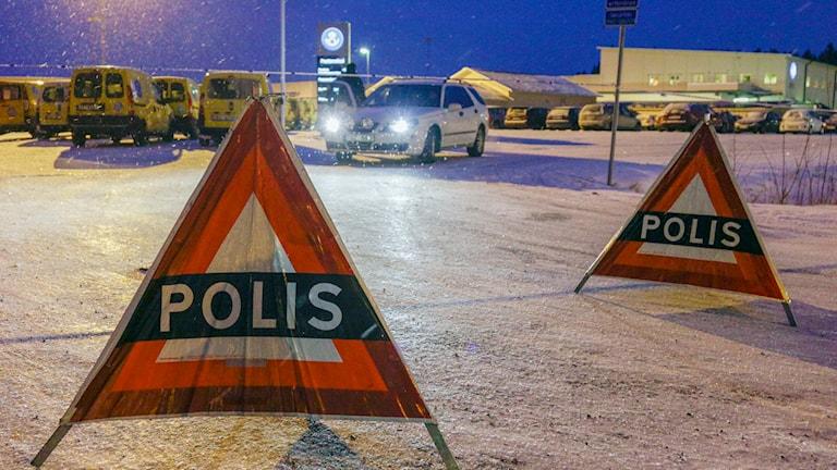 Polisskyltar. Foto: Rolf Höjer/TT